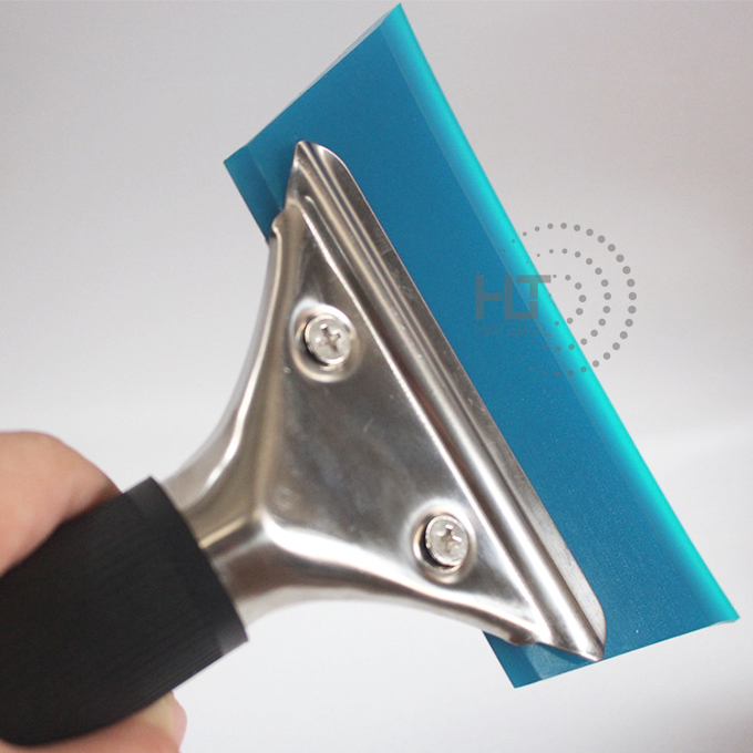 RUBBER SQUEEGEE WITH HANDLE 1